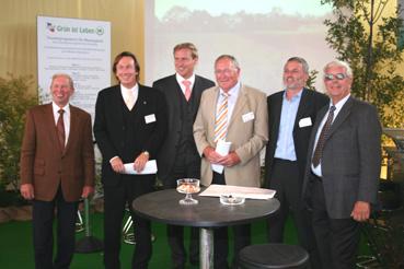 Minister, Gäste, Schirmherren und Organisatoren der Baumschultechnik 2006
